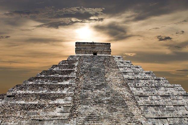 Mayan Culture & Piramids